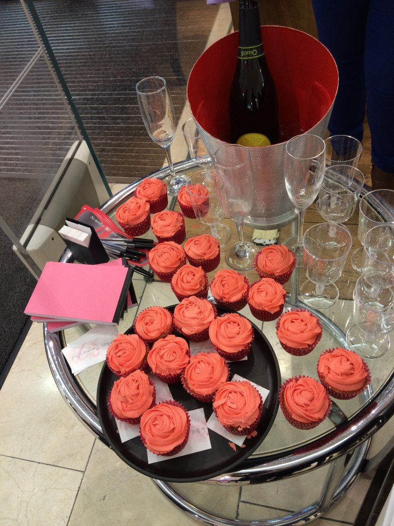 cupcakes and fizz