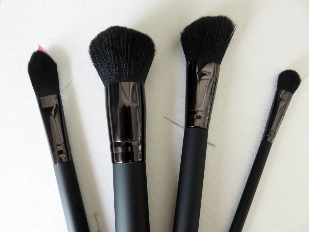 LAB 2 makeup brushes