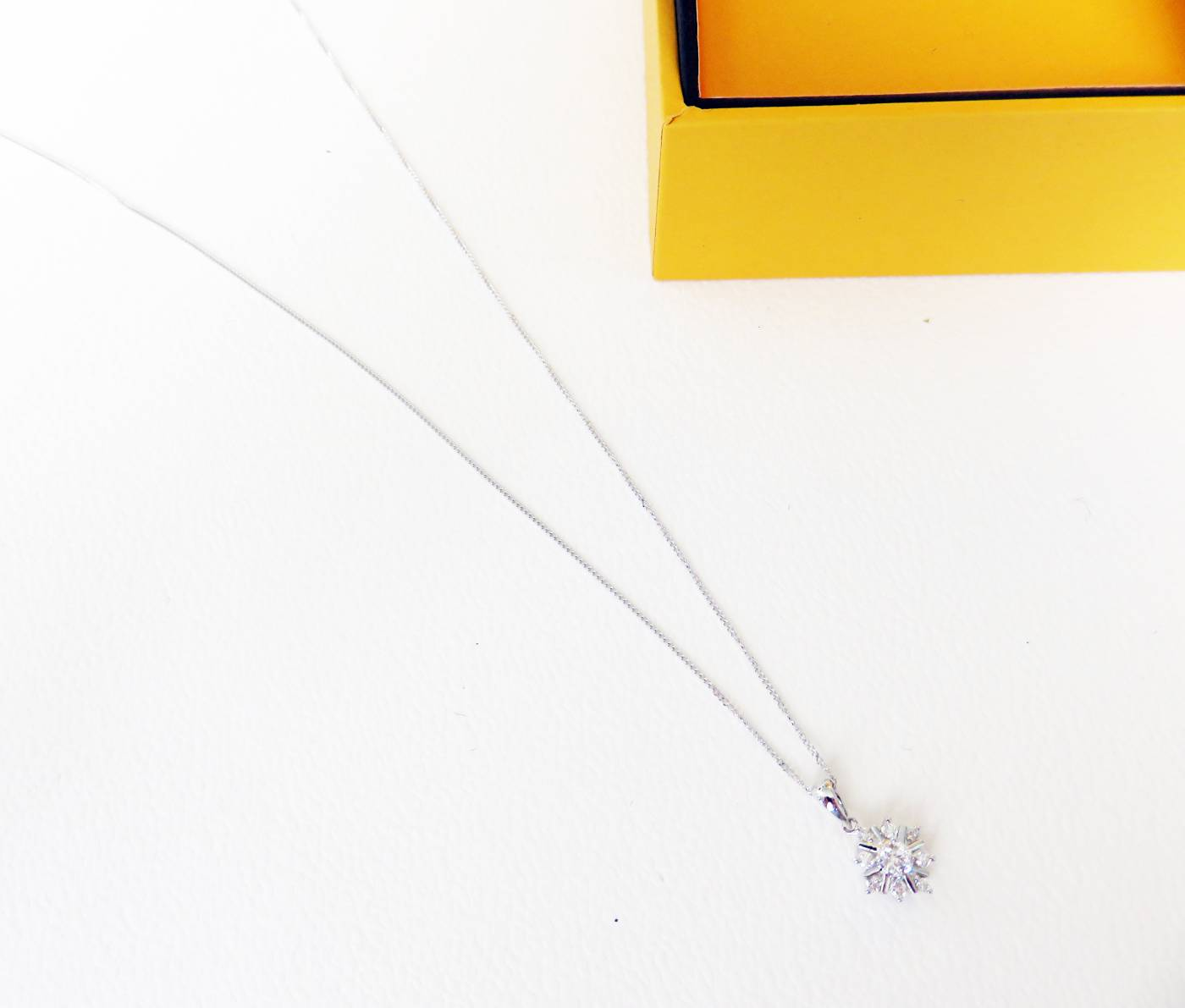 goldsmiths diamond necklace
