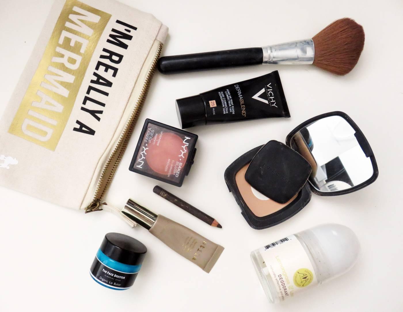 handbag make up