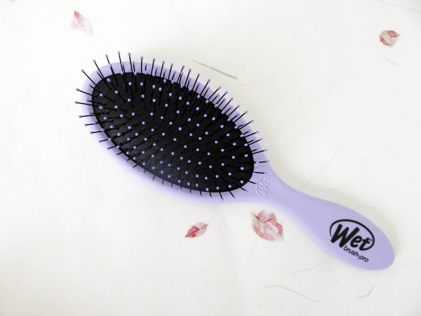 wet hair brush