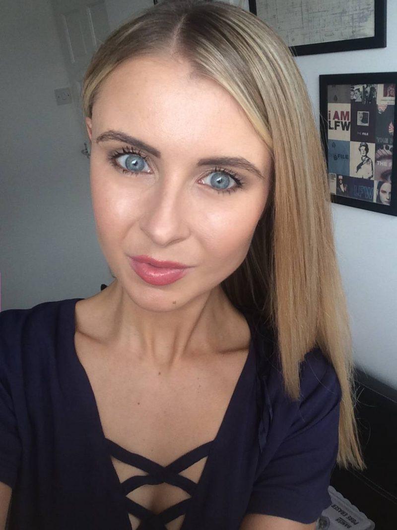 makeup a